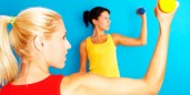 Fitness with dumbbell lifting
