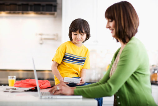 8 tips for moms using linkedin to job search