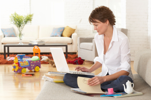 6 Job Search Tips for Working Mothers