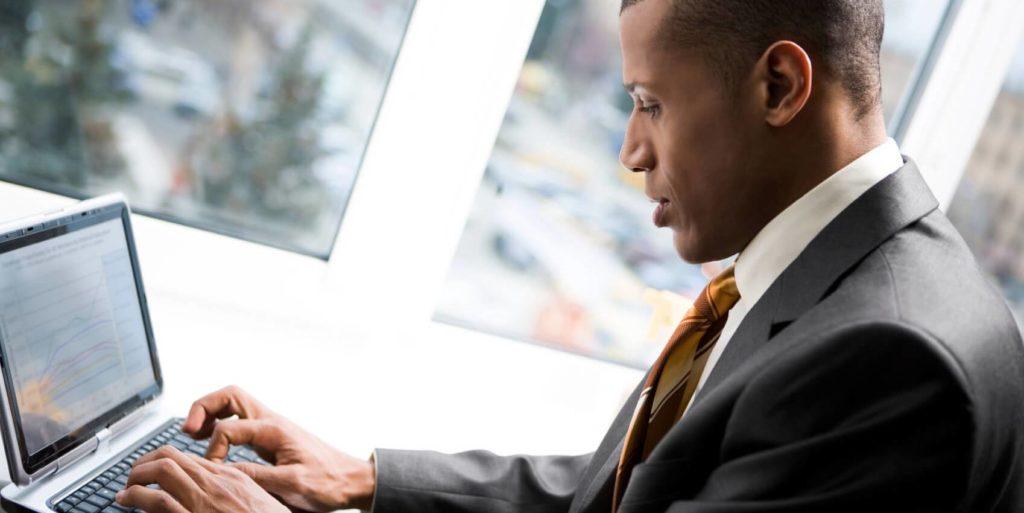 Job seeker searching for military veteran jobs